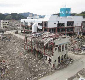 津波で壊滅した陸前高田市街地